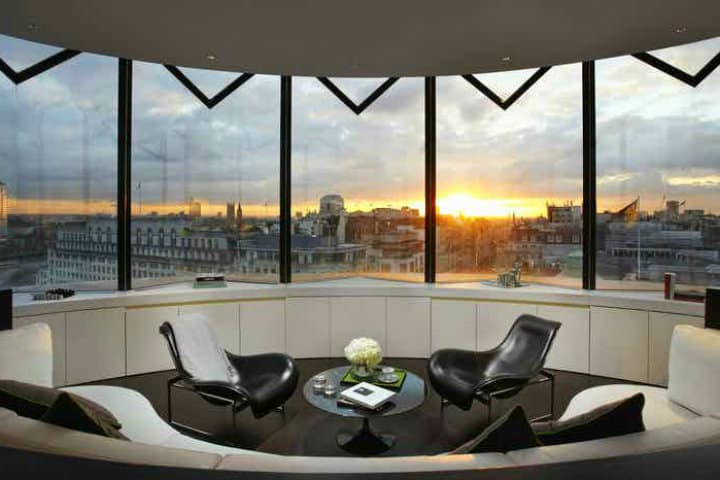 Vista desde una de las habitaciones en el Hotel ME London Foto HeadBox