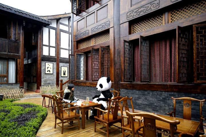 panda-hotel-garden