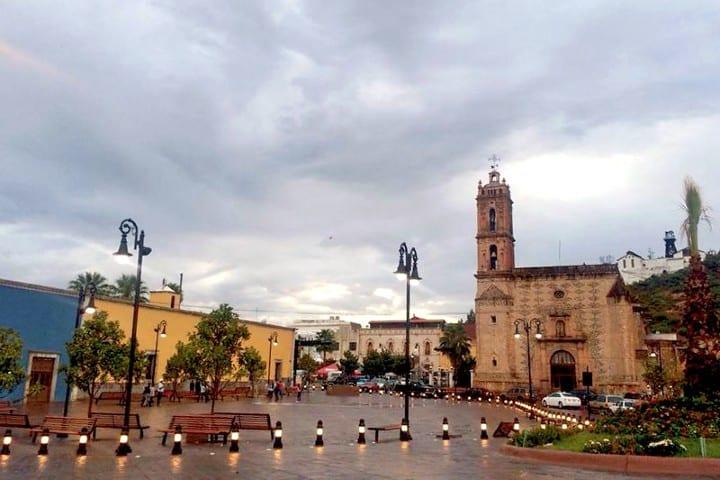 Templo San José, Parral Chihuahua. Foto: fiamma Iluminación
