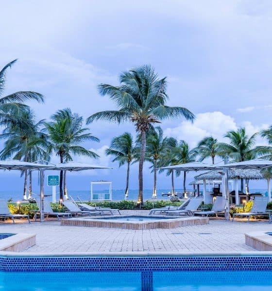 Holiday Inn Isla Gran Caimán Foto IHG Hotels & Resorts