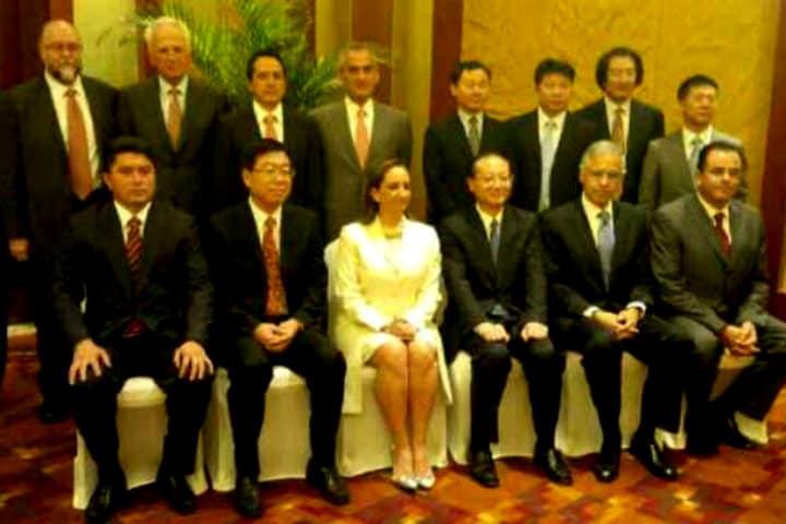 Claudia Ruiz Massieu se reunió con Shao Qiwei, Presidente de la Administración Nacional de Turismo de China y su equipo