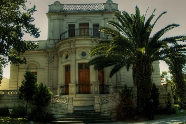 La Casa Frissac fue la sede de la exposición Figuraciones Foto phylevn