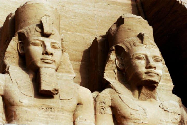 Abu Simbel es el Templo dedicado a Ramsés II FotoExcursiesegypte