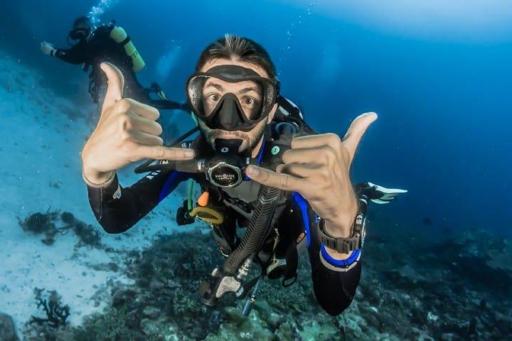 Buceo, actividades en las Islas Maldivas. Foto: Sebastian Pena Lambarri