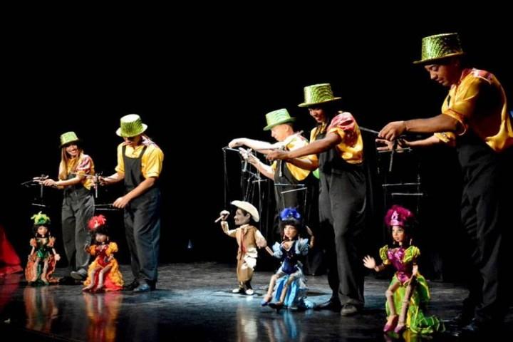 Muestra-Internacional-en-el-Festival-Internacional-de-Títeres-en-Tlaxcala-Foto:-Cubanos-en-México-2