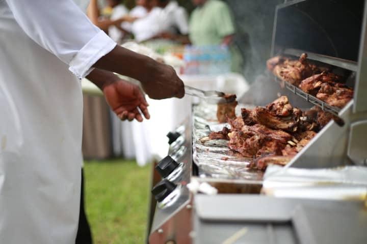 Comida Uganda. Foto: Andrew Itaga