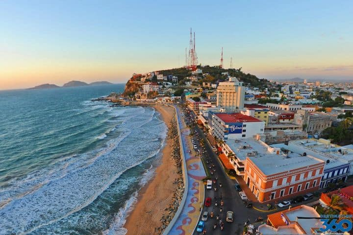 Malecon de Mazatlán. Foto: destination360.com