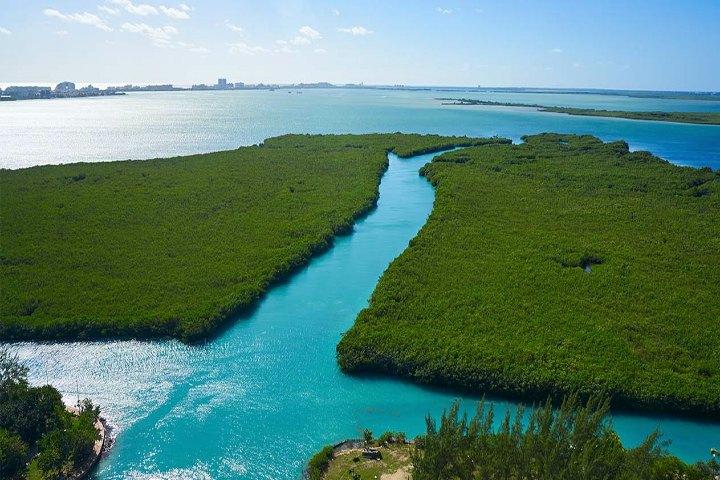 https://elsouvenir.com/wp-content/uploads/2014/07/nichupte-lagoon-1.jpg