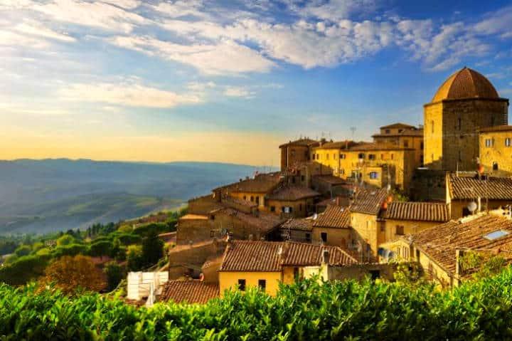 Toscana Italiana. Foto Bandiere Arancioni.