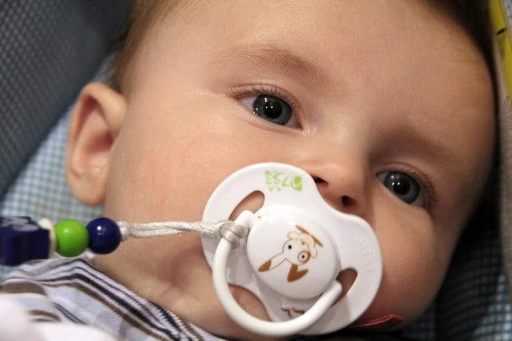 Bebé chupón. Foto: Archivo