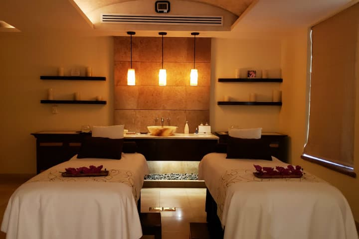 Disfruta de un relajante masaje en Tatewari Spa. Foto Villa La Estancia Riviera Nayarit 3