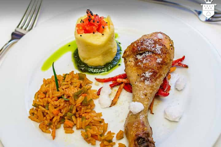 Pollo a la sal. Foto Hotel palacio de sal Uyuni.