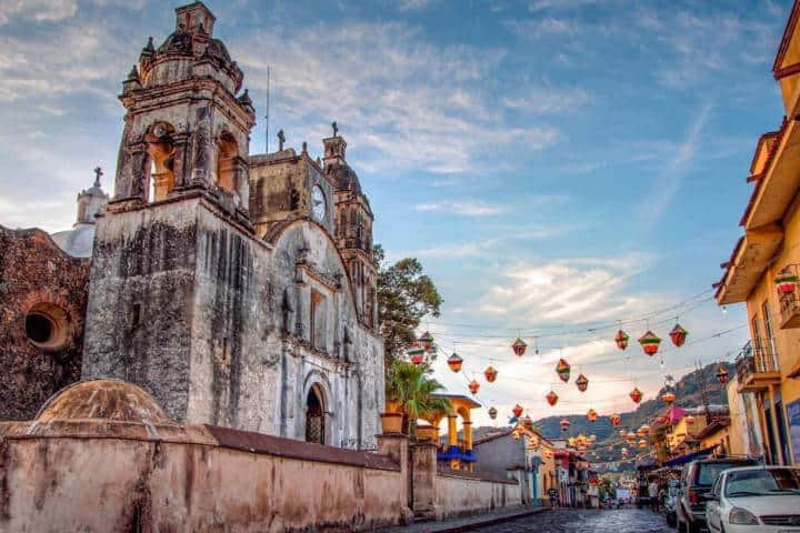 La Parroquia de la Navidad. Tepoztlán. Foto Viva México 6