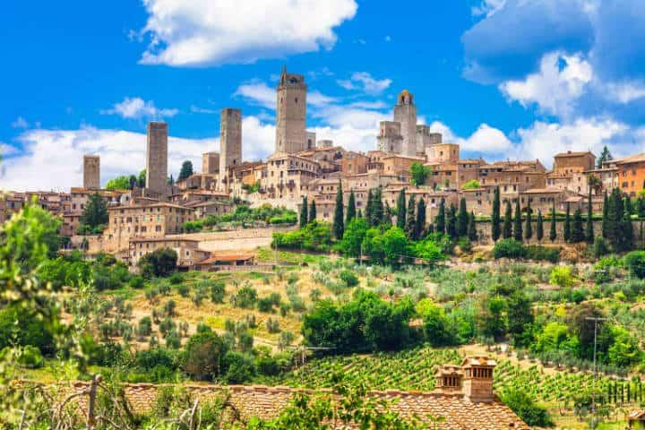 La Toscana Italiana. San Gimignano. Foto Archivo 1