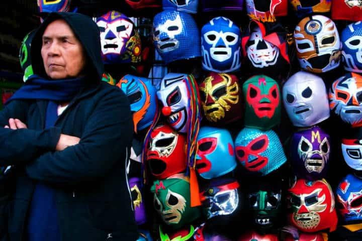 Máscaras de Lucha Libre en Recorrido por Tepito y Garibaldi. Foto Archivo 4
