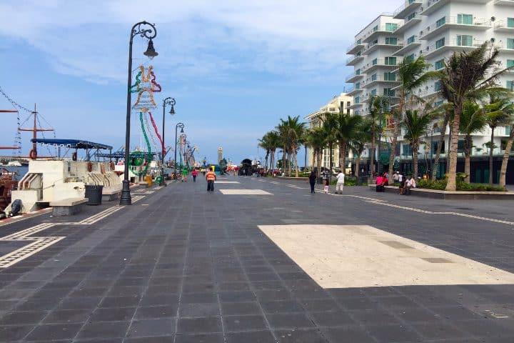Malecón de Veracruz Foto media nil mx