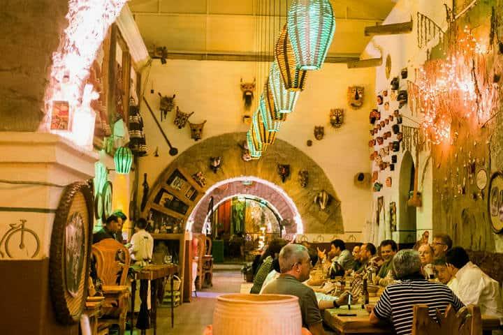 María y su Bici.Querétaro.Foto.Bartender Atlas.1