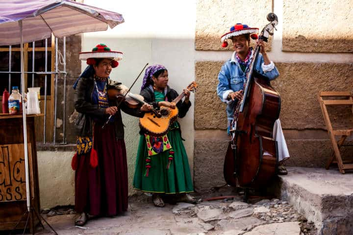 Musicos huicholes.Real de Catorce.Foto.Dummy Irish.5
