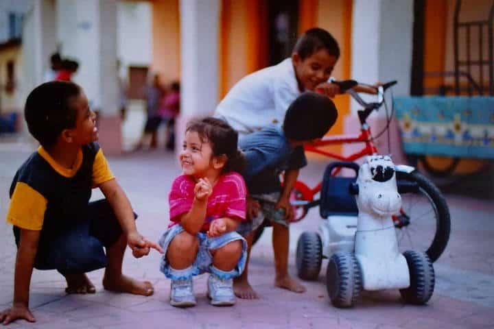Niños jugando.Isla Mexcaltitán.Nayarit.Foto.netOrX.4