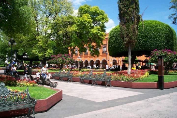 Plaza de Armas. Querétaro. Foto Marco Paköeningrat 1