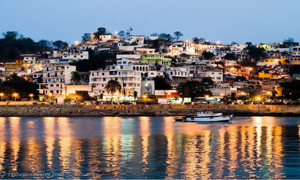 Portada. Recomendaciones para viajar a Manzanillo. Foto. Francisco Juarez