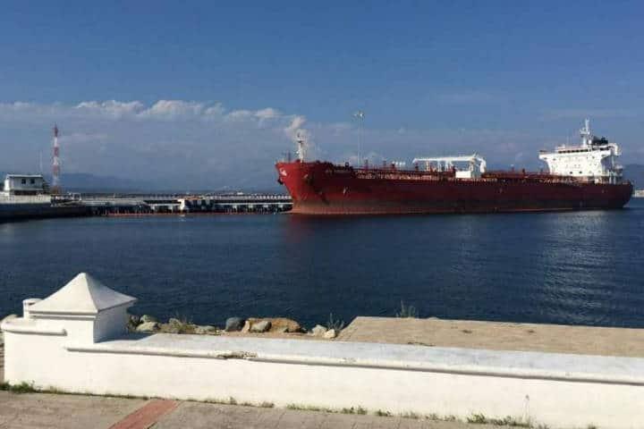 Puerto comercial Manzanillo. Foto. Mexico 1