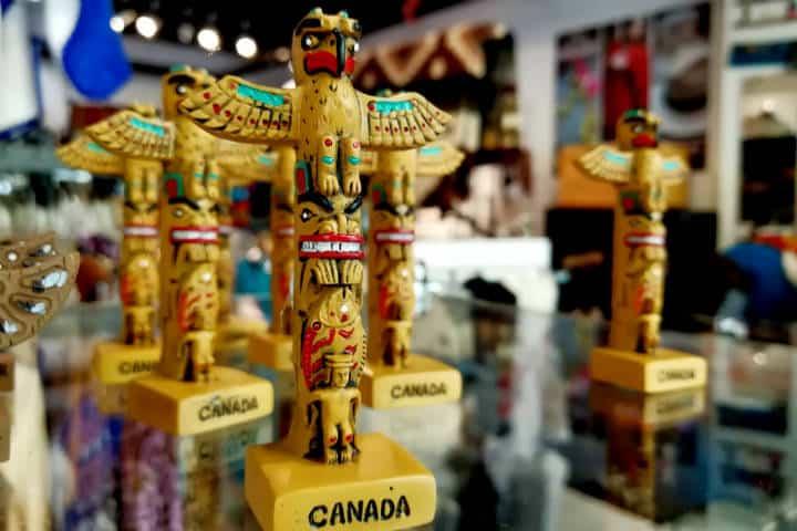 Tótems canadienses Foto Julio García Castillo El Souvenir 21