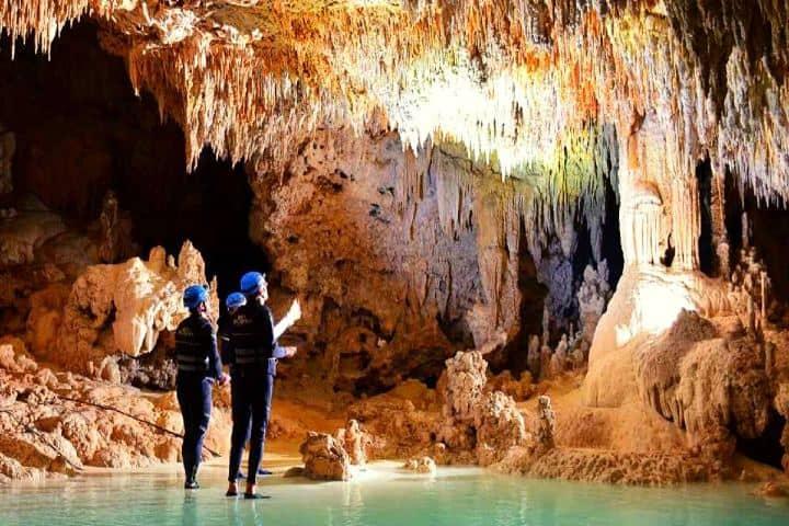Tour por río secreto Foto locogringo com