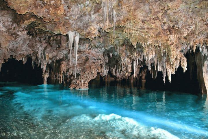 Tour por río secreto Foto notengolonelyplanet com