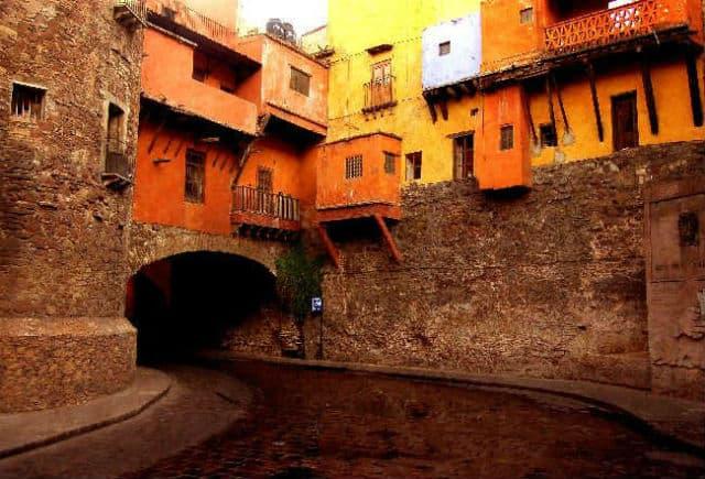 Resultado de imagen de tunel subterraneo guanajuato