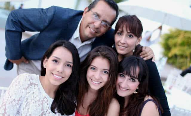 agustin olachea familia