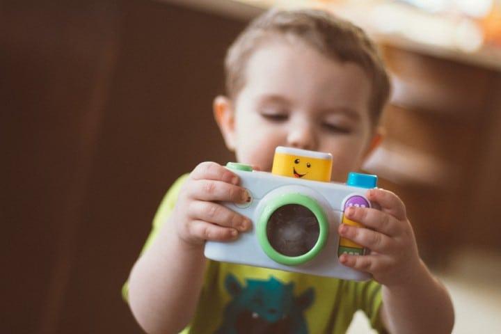 Bebé jugando. Foto: Andrew Seaman