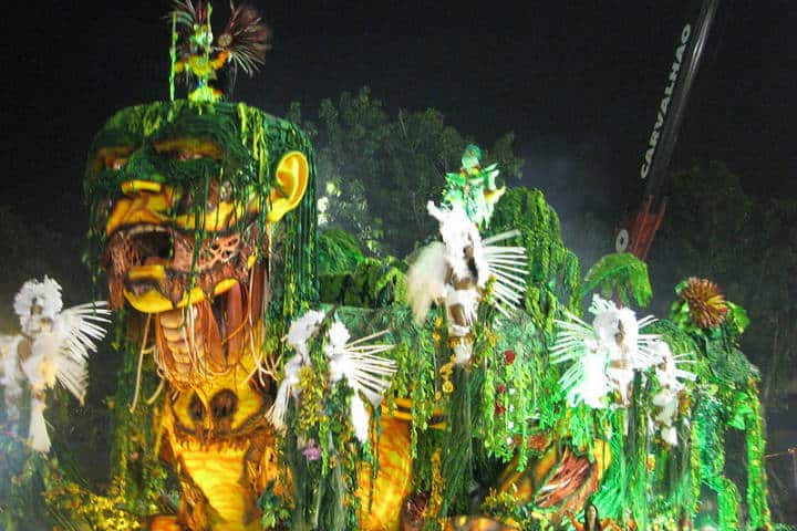 Carrozas en el Carnaval de Río Foto Carnaval.com Studios