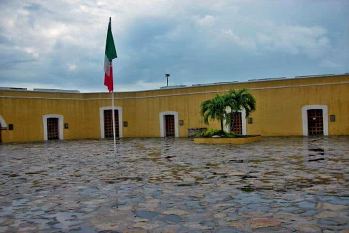 Fuerte de San Diego en Acapulco. Foto: takethatvacation.com
