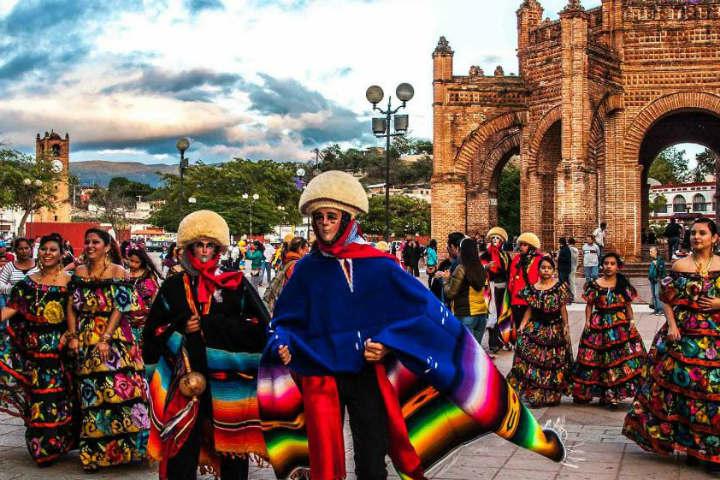 Diversas actividades se llevan a cabo en la fiesta de Corzo Foto por Calaméo