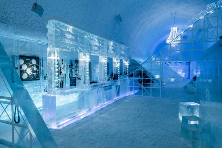 Ice Hotel En Suecia. Lobby principal. Imagen: Computer