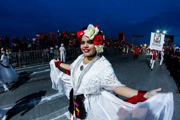 Los locales te hacen disfrutar de esta festividad como ningún otro Estado Foto CanMex Photos Commandez vos photos en haute résolution