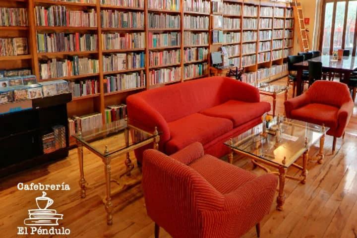 Seguro te fascinará esta cafetería bonita de la CDMX Foto Cafebrería El Péndulo