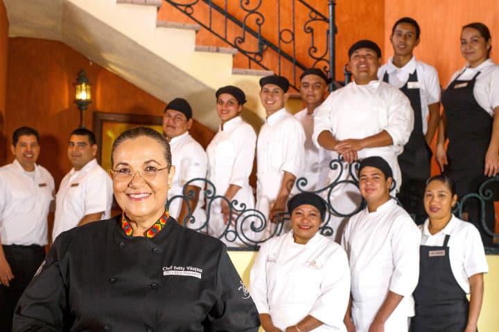 Su equipo es una parte fundamental de su familia Foto Hotel Garza Canela