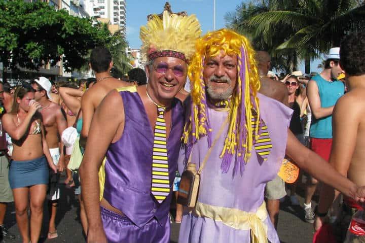 Todos son bienvenidos a unirse al Carnaval de Río de Janeiro Foto Carnaval.com Studios