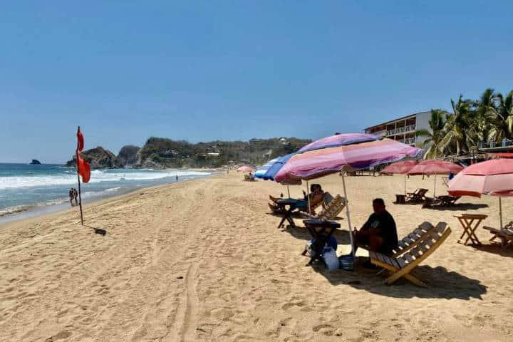 Zipolite Playa del amor. Oaxaca. Foto. Oaxaca 8