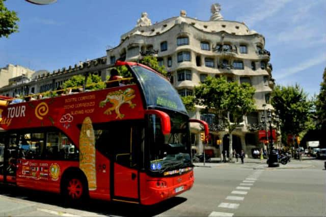 Tour Hop On Off en Ciudades Barcelona. Foto Archivo.