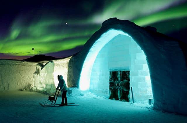 Entrada principal ice hotel05