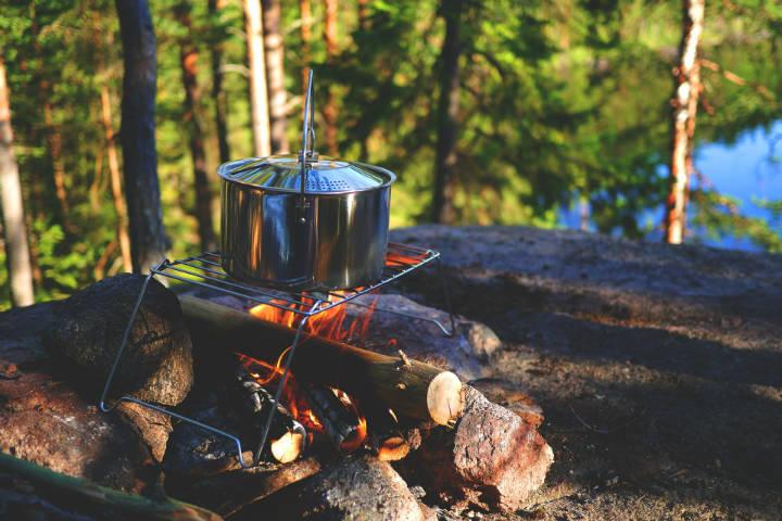 Los campamentos en el safari valen la pena de la experiencia Imagen de LUM3N en Pixabay