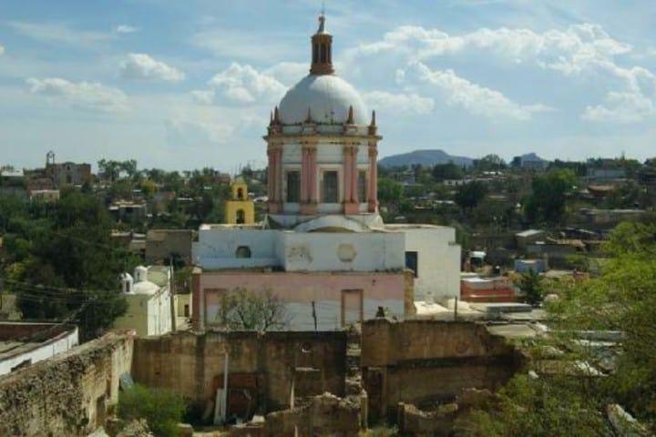 7.-¿Cómo-es-la-Parroquia-de-San-Pedro-Apóstol