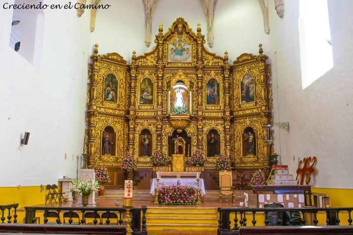 Creciendo en el camino Foto:Pueblo Mágico Izamal en Yucatán