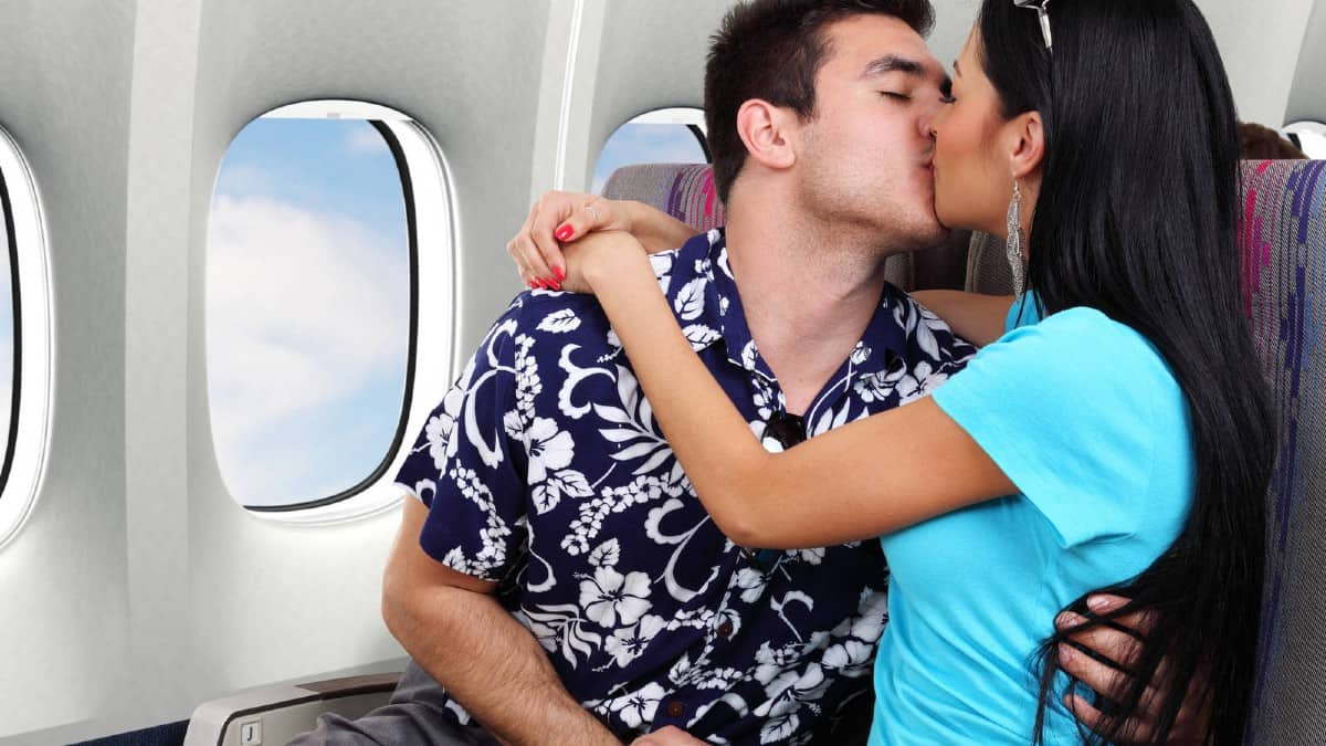 Encuentros románticos en un avión po