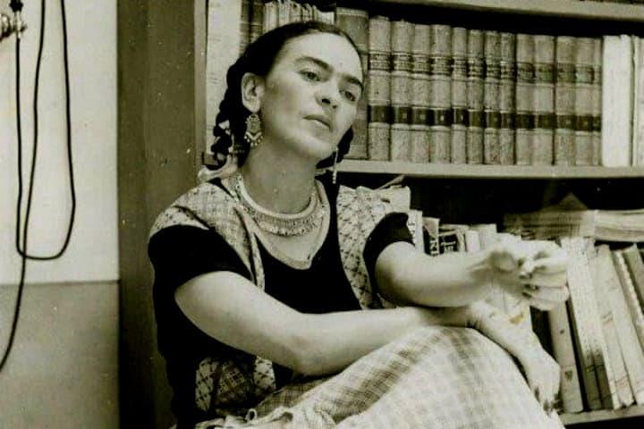 Frida Kahlo una mujer de alcurnia pero siempre orgullosa de sus raíces Foto Cultura Colectiva