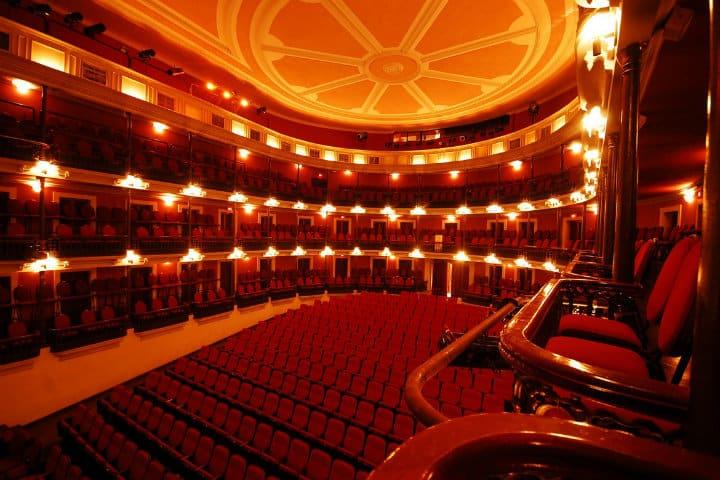 Interior del Teatro Ángela Peralta Mazatlan foto estilo de vida en Mazatlán
