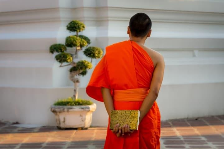 Monje budista. foto AG-Pics